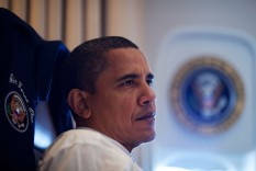 White House Photo: Pres. Obama on Air Force One